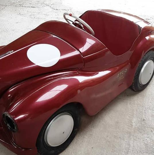 J40 pedal cars