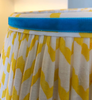 "12"" Yellow chevron shade"