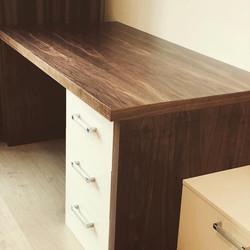 Мебель из массива и шпона фанера