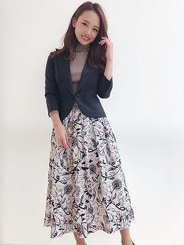 Influencer wearing Pappenpop Skirt.JPG