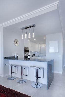 modern-minimalist-kitchen-3098477_1280.j