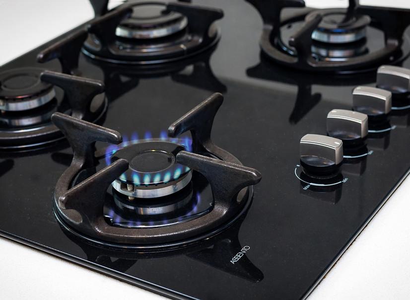 cooking-1776648_1280.jpg