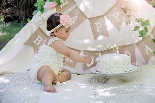 Cake smash photo shoots