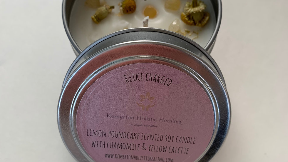 Lemon scented soy candle