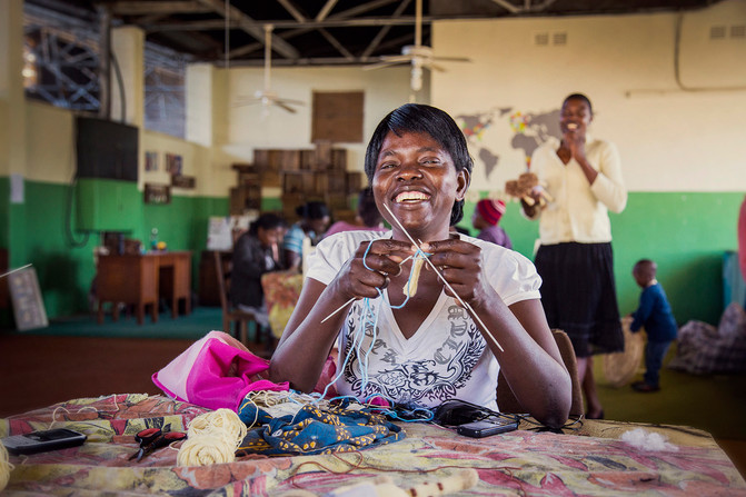 津巴布韋玩具娃娃 Zimbabwe Knitted Toy