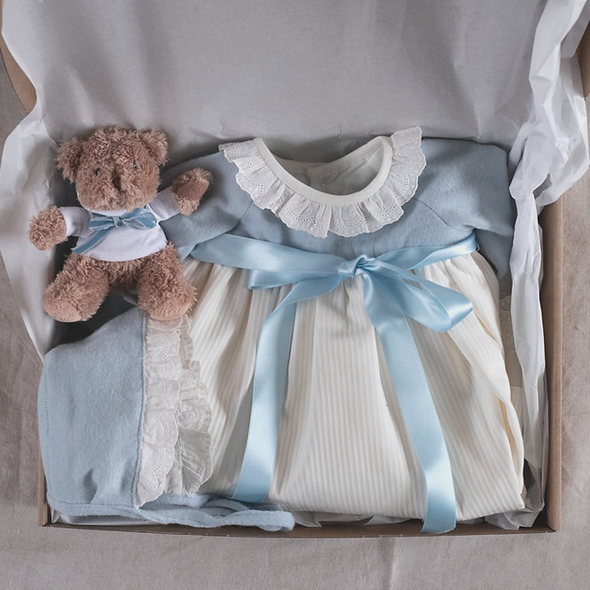 Regalo bebé faldón azul