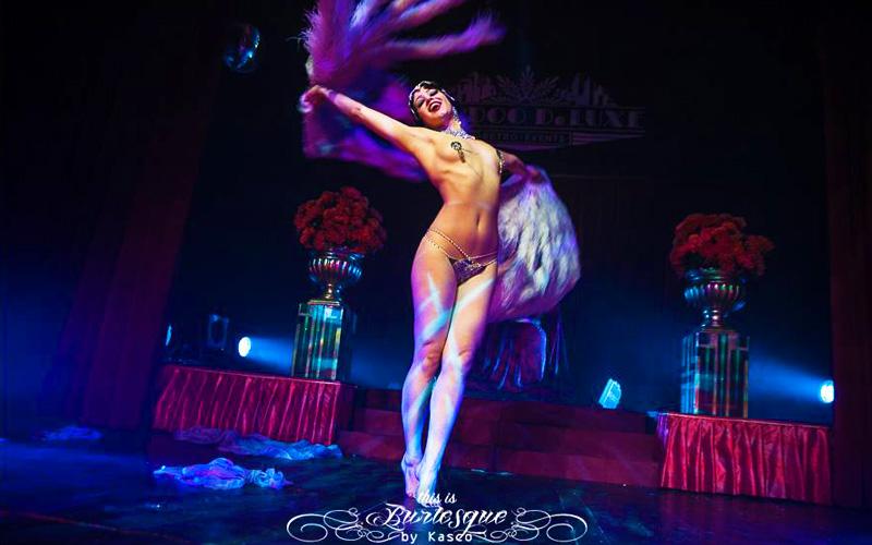 Bonnie Fox performs New Orleans Bump