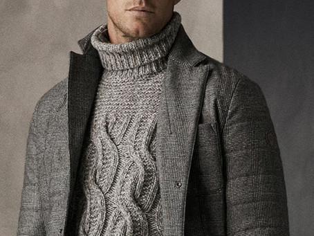 Пара свежих образов со свитерами с высоким воротом на зиму
