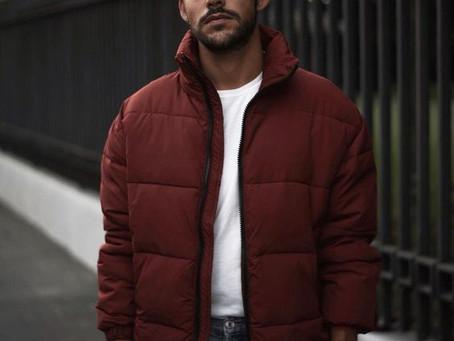Мейнстрим осени: как носить короткие дутые куртки