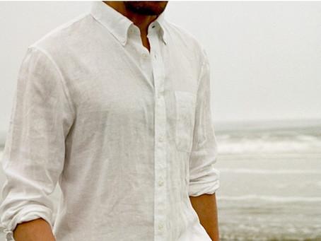 Как носить льняную рубашку этим летом