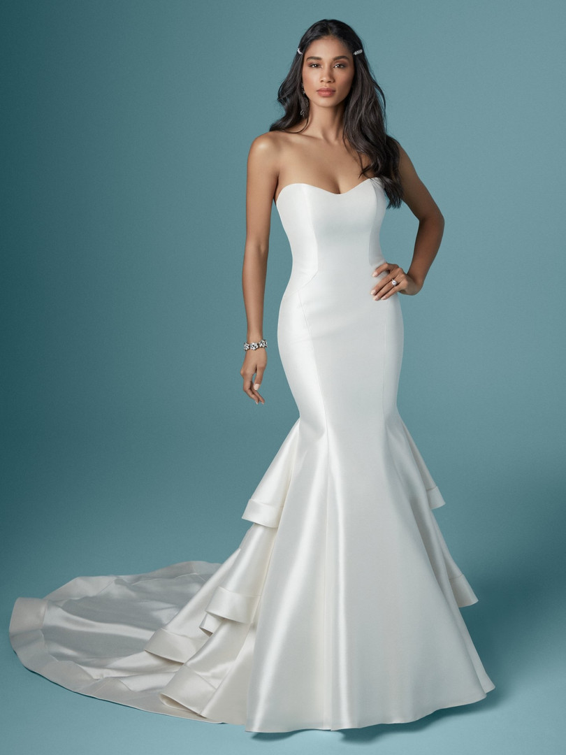 Maggie Sottero Justine | Modern Fitted Satin