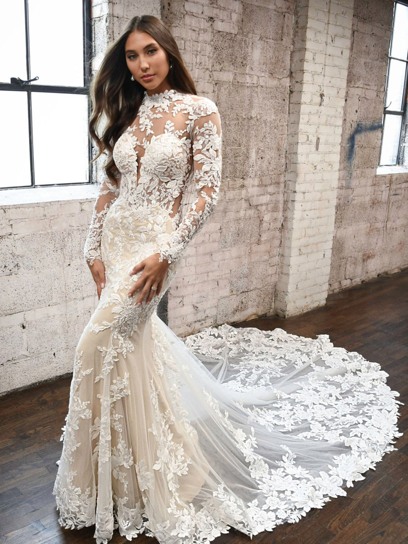 1334 Martina Liana   Long Sleeve High Neck Lace Wedding Dress