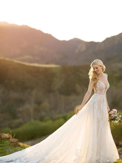 1137  Martina Liana   Rebecca's   Wedding Dresses Louisville, KY