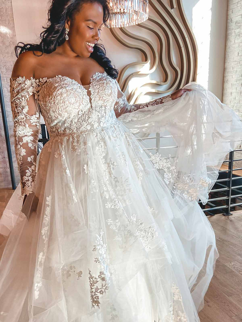 D3274 Essense | Long Sleeve Plus Size Ballgown