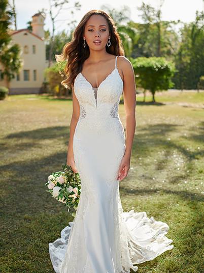 7118 Stella York | Rebecca's | Wedding Dresses Louisville, KY