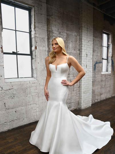 1387 Martin Liana   Rebecca's   Wedding Dresses Louisville, KY