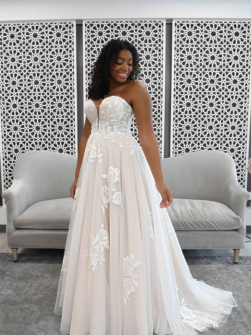 7288 Stella York | ROMANTIC STRAPLESS WEDDING DRESS WITH SPARKLE