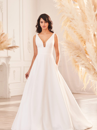 4962 by Paloma Blanca   Simple Crepe Ballgown