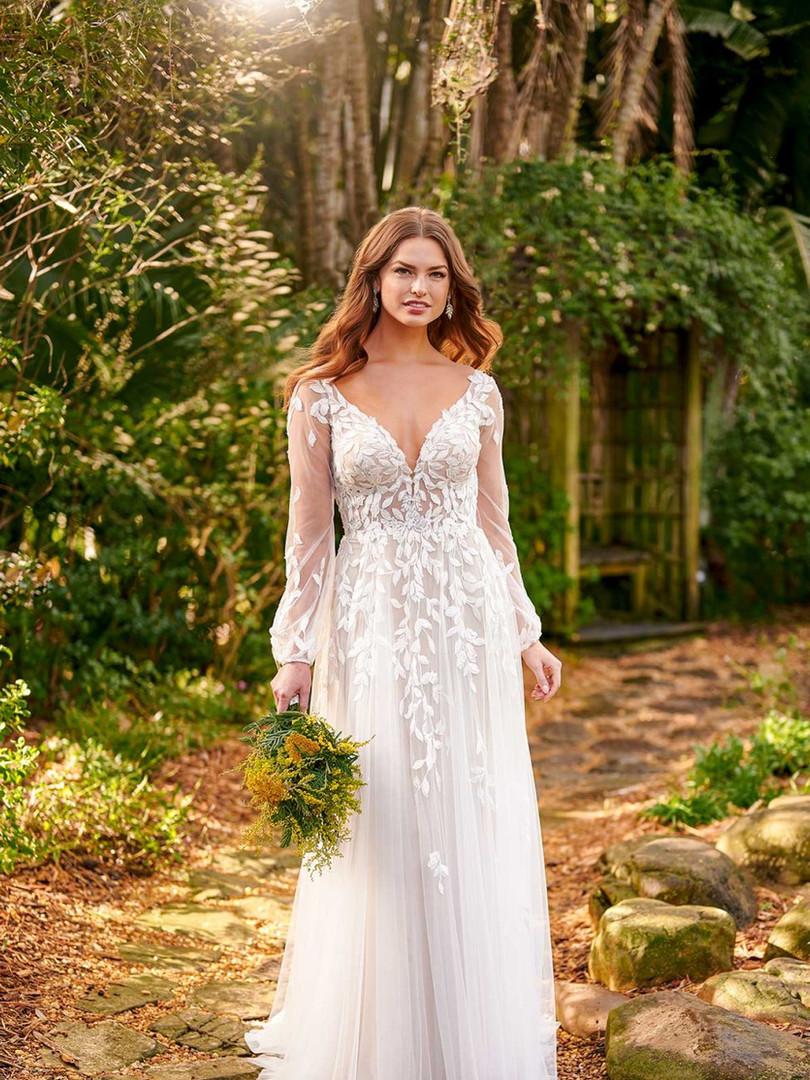 D3145 by Essense of Australia | Long Sleeve Boho Bridal | Rebecca's