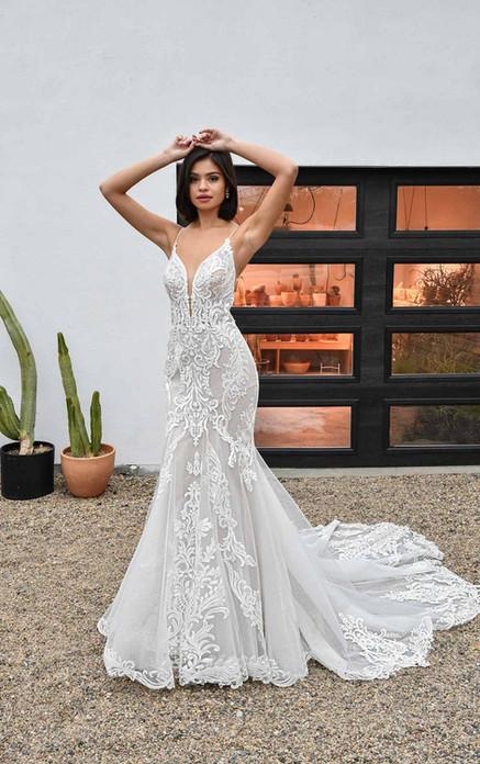 D3249 Essense of Australia   Rebecca's   Wedding Dresses Louisville, KY