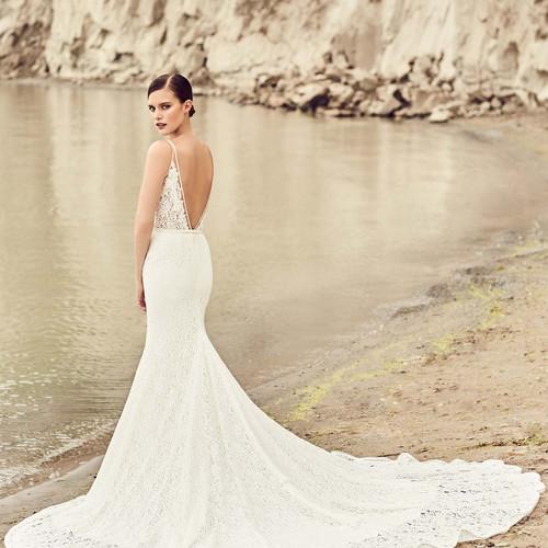 Sale Dresses | Louisville, KY | Rebecca\'s Wedding Boutique