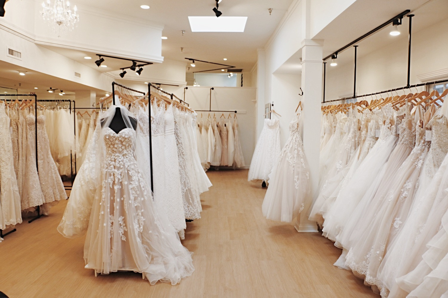 better price for hot-selling latest huge selection of Wedding Dress Louisville   Kentucky   Rebecca's Wedding Boutique
