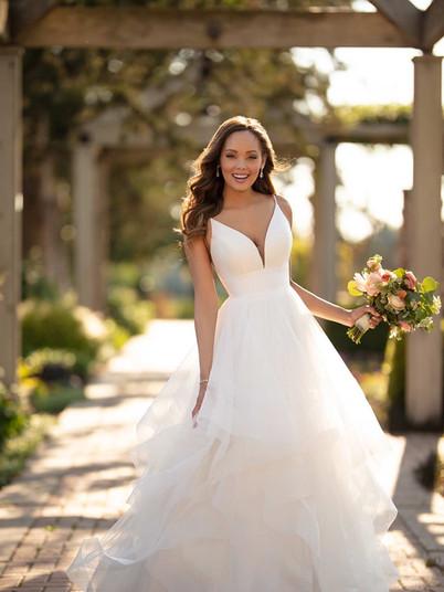6988 Stella York | Rebecca's | Wedding Dresses Louisville, KY