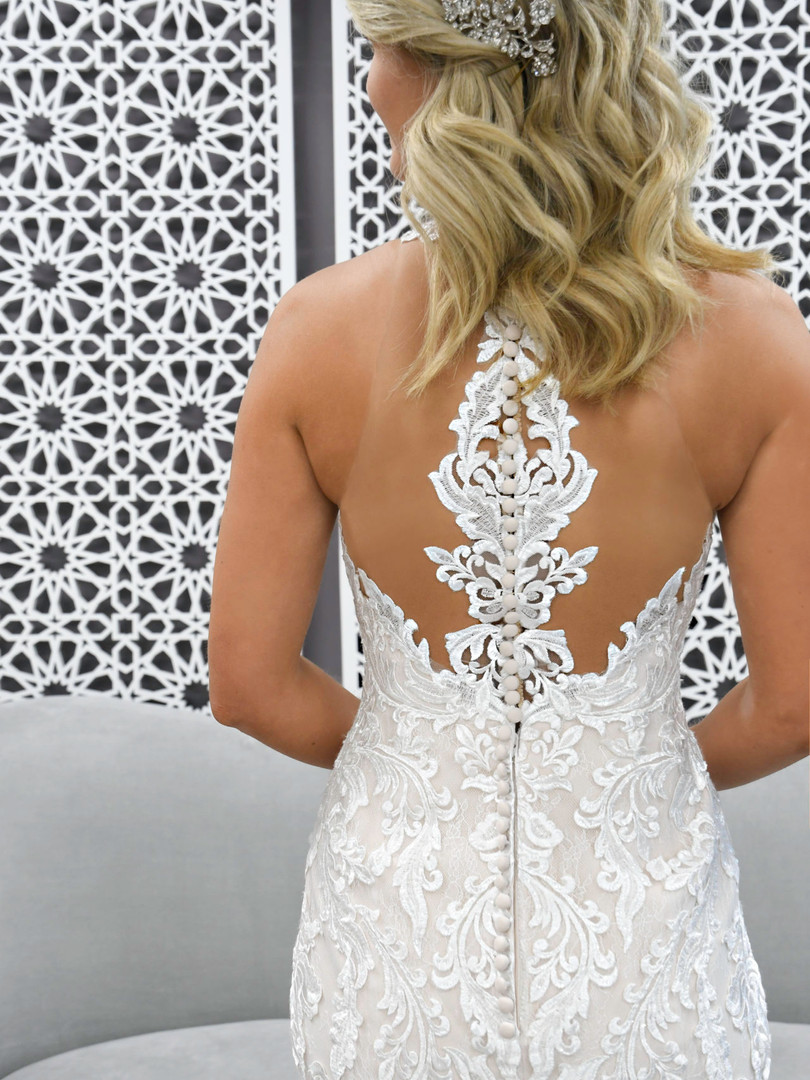 7261 Stella York | LACE HALTER WEDDING DRESS WITH BACK DETAIL