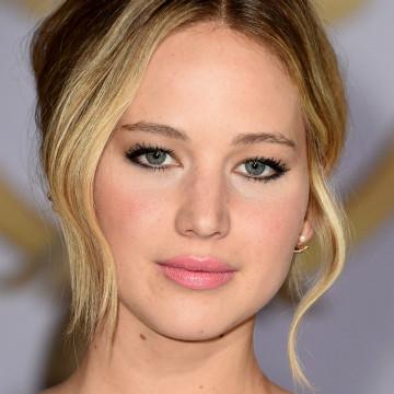 Jennifer Lawrence, hooded eyes, eye shape, eyes, eye makeup, grammy jennifer lawrence