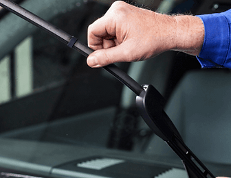 Windshield-wipers-cropped_iStock_edited.png