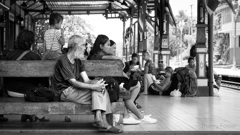 Hua Him train station
