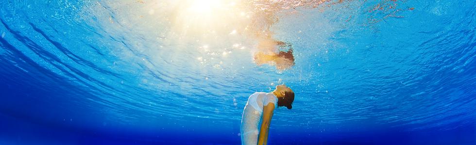 Femme-dans-eau_©RT.png