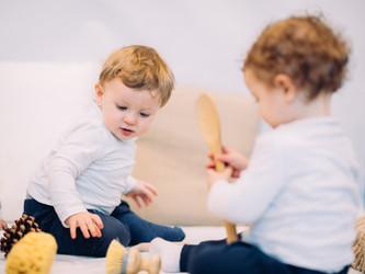 ¿Qué es el cesto de los tesoros de Montessori?