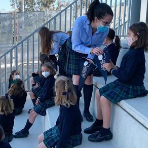 Entrega de banderines a 1º de primaria