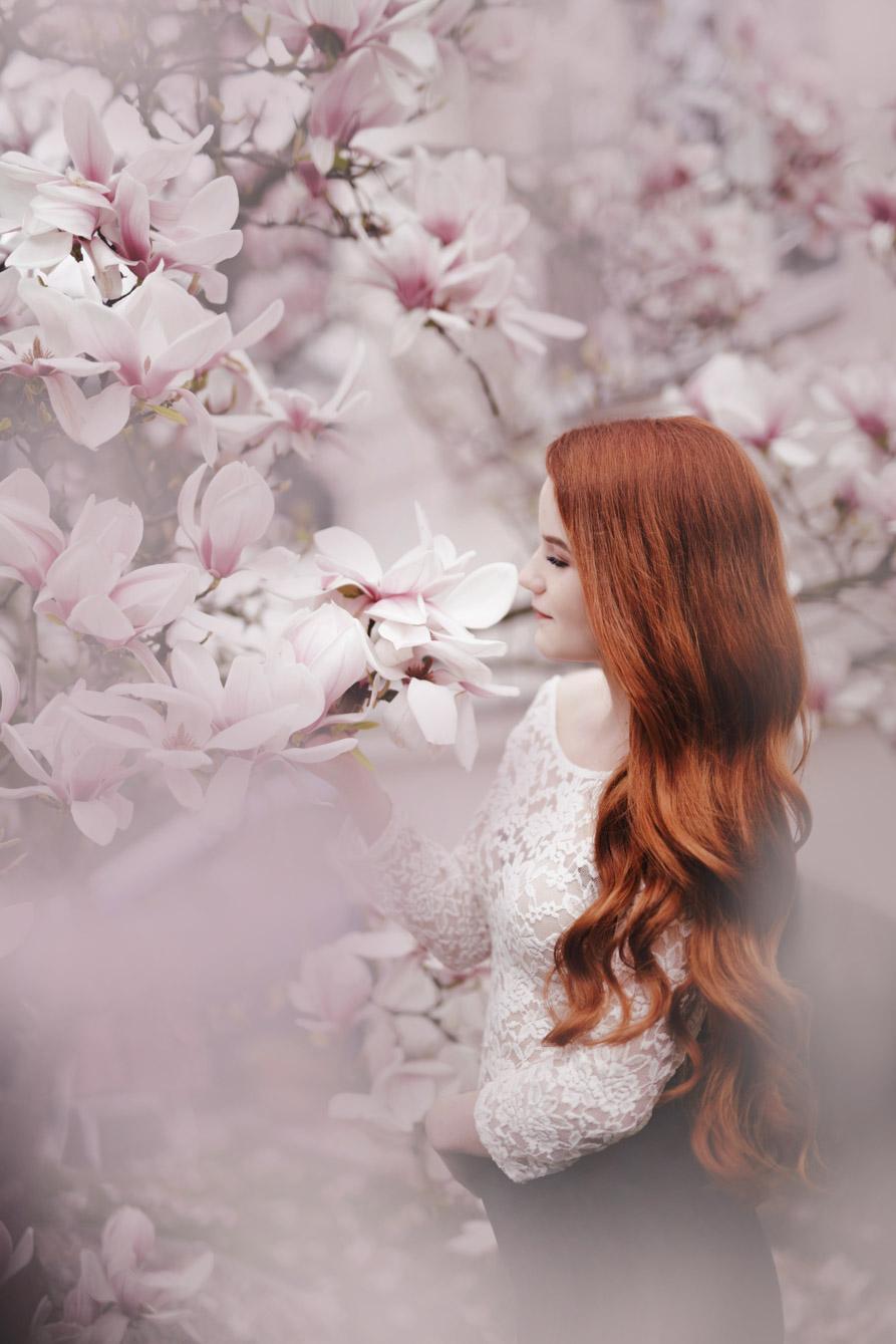 Fotoshooting Portrait mit Magnolien