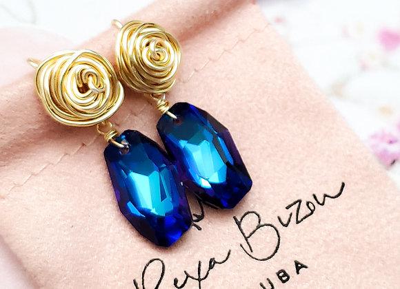 Bermuda Blue Rose Wired Stud Earring