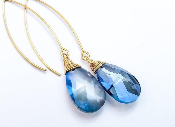 Single Tear Drop Crystal Earring