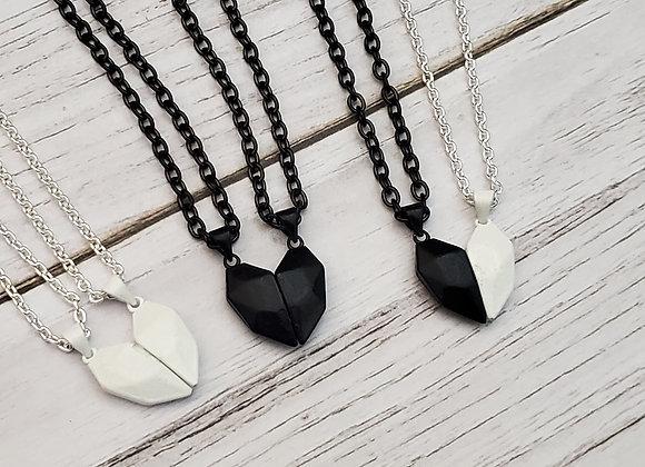 Magnetic heart Shape Necklace (2 pc)