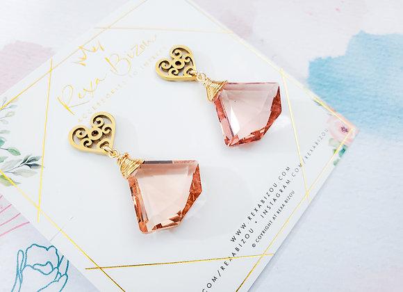 Pink Diamond Shape Earring