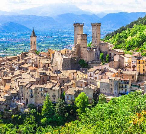 Pacentro_Abruzzo_Italia.jpg