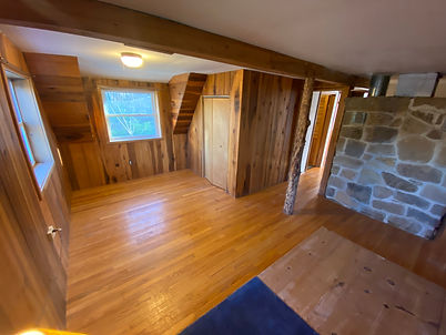 The third bedroom of the home for sale in Munfordville, KY on 46 acres.