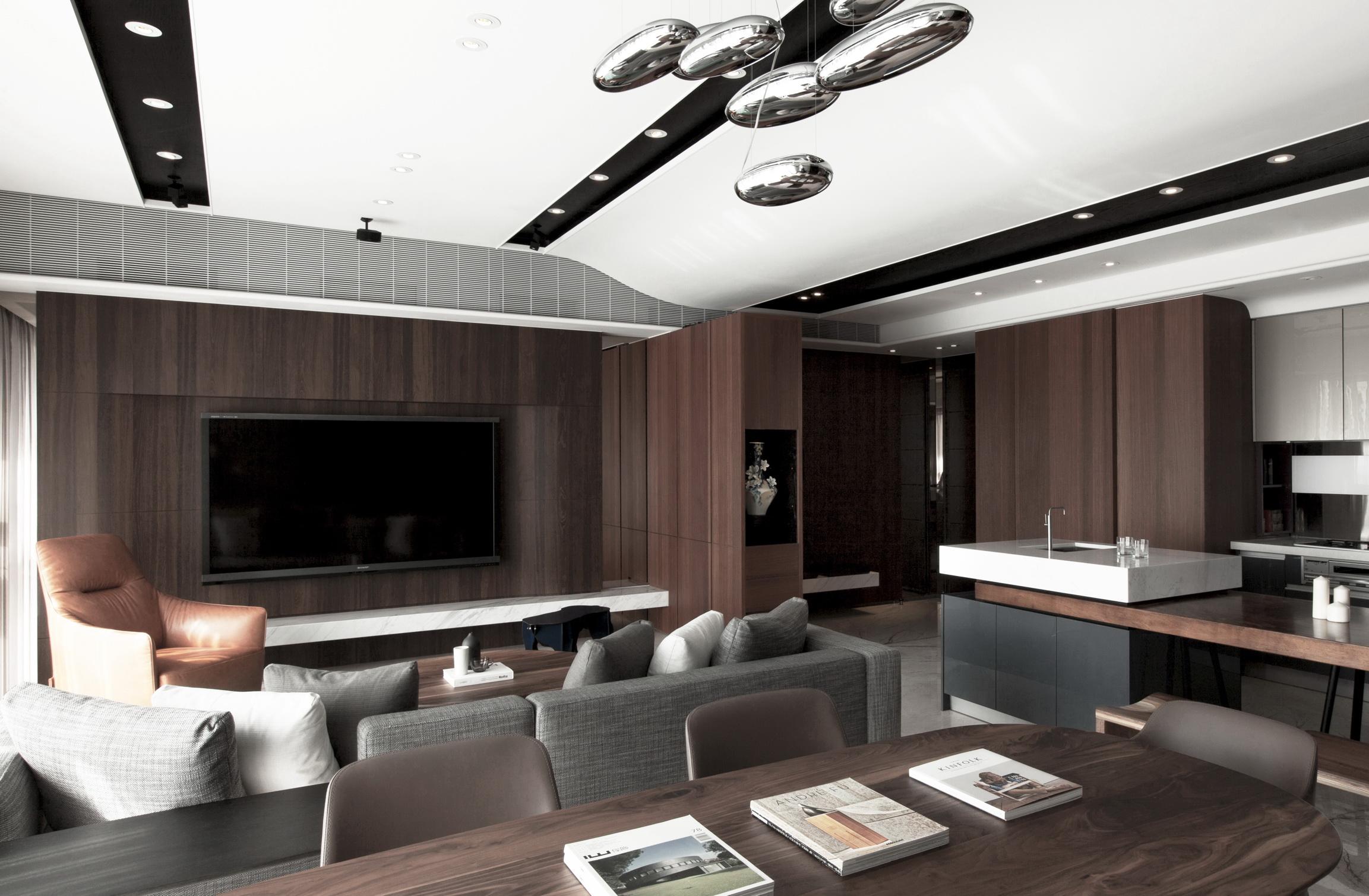 J&M Apartment