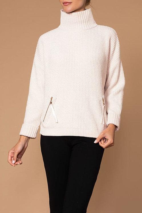 Sweater by Elena Wang   25022