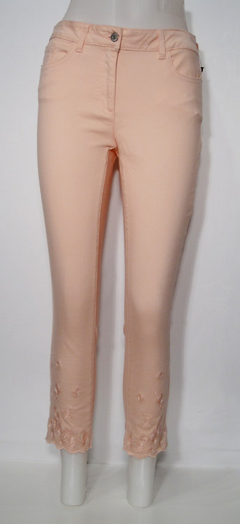 Cropped Ankle Jeans by Charlie B C5183
