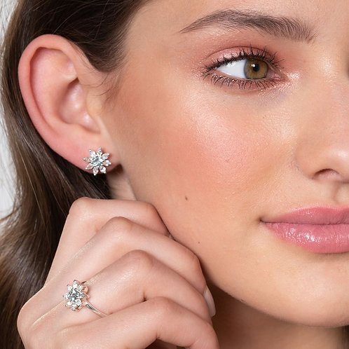 Gemstone Flower earrings by Hillberg & Berk