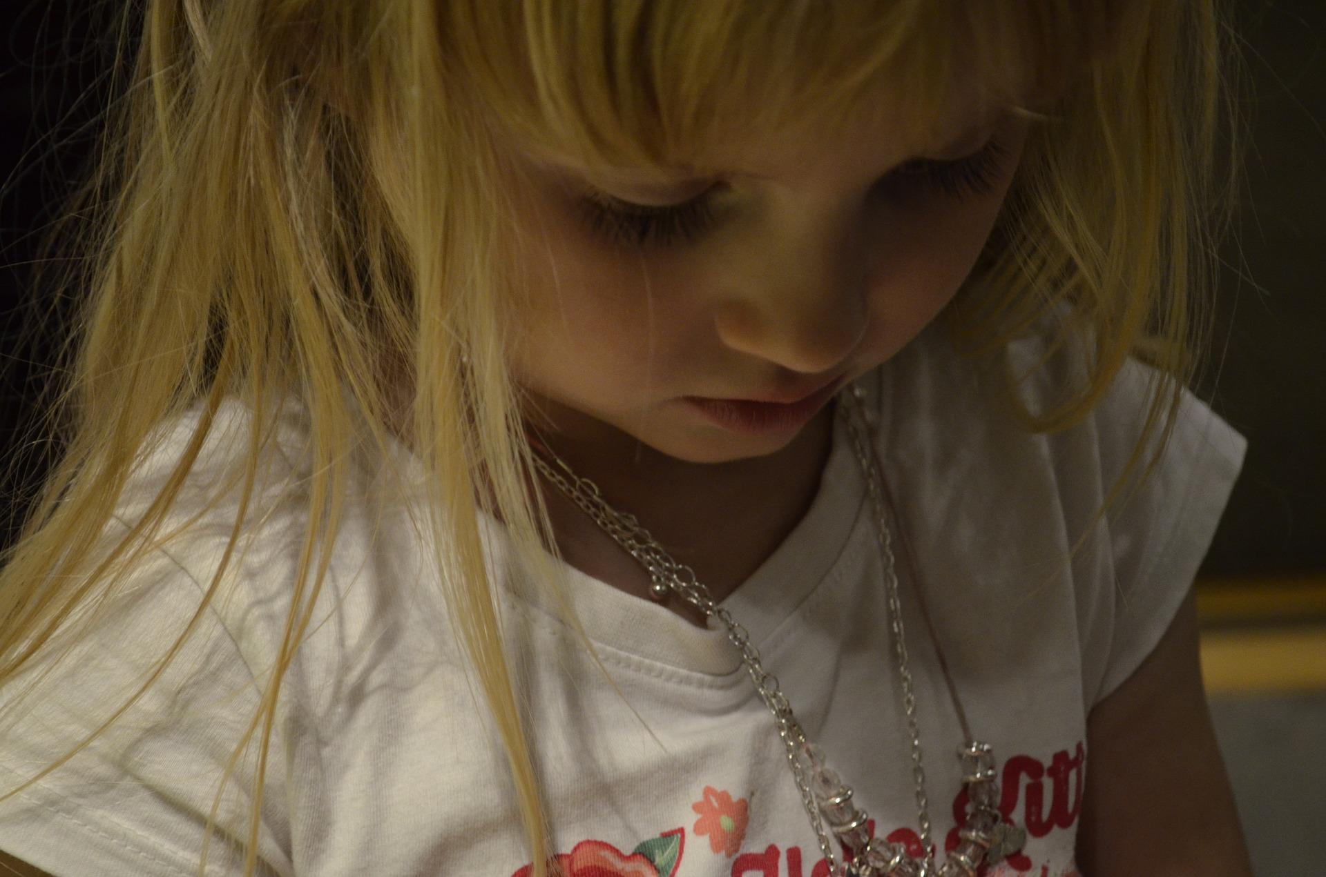 child-990139_1920
