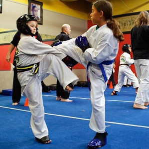 Helena sparring at the tournament. She d