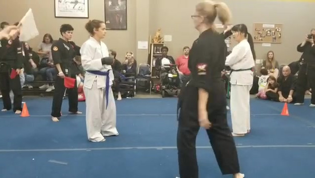 Nikki fighting at the tournament. So pro