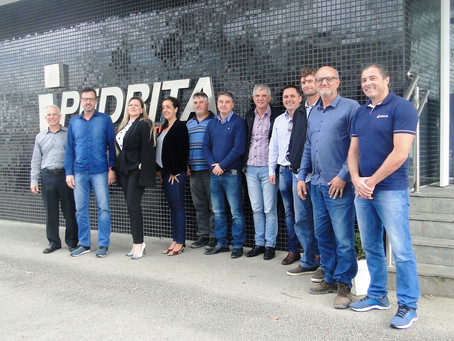 Pedrita recebe grandes clientes e apresenta novos investimentos e projetos