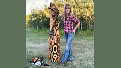 Fish Address Post - How It Was Made Video - Michelle Thevenot Artwork - Chainsaw, Power Tools, and Log Sculpture